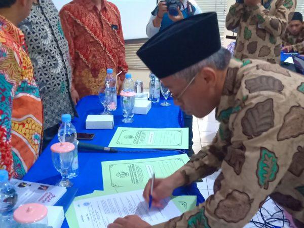Penandatanganan Kerjasama MAN Kota Pasuruan dengan Pondok Pesantren