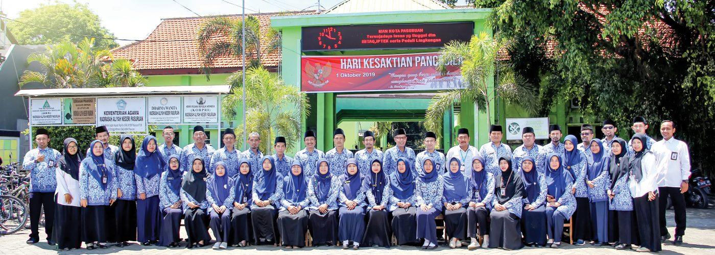 Dewan Guru dan Karyawan MAN Kota Pasuruan